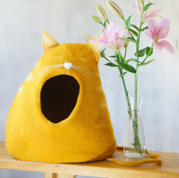 The Top 10 Cutest Cat Beds Ever
