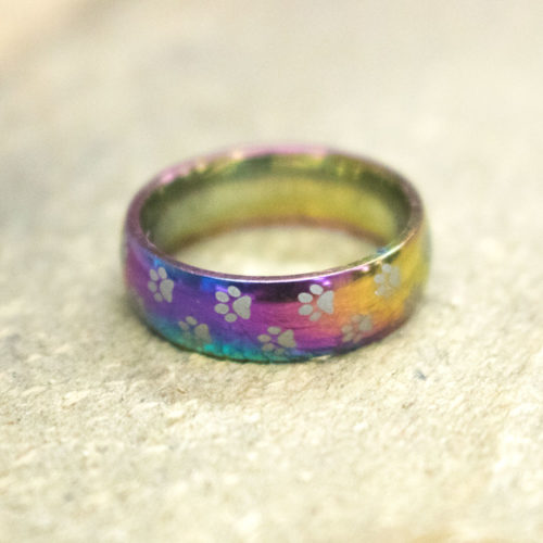 Rainbow Bridge Memorial Ring: Donates 5 Meals to Shelter Cats In Memory of Your Kitty