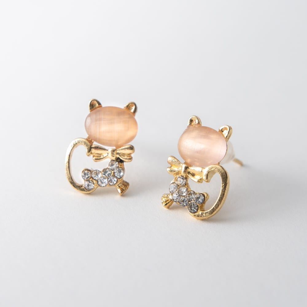 Beautiful Rose Kitty Earring