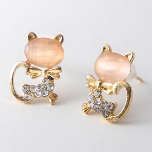 Beautiful Rose Kitty Earring